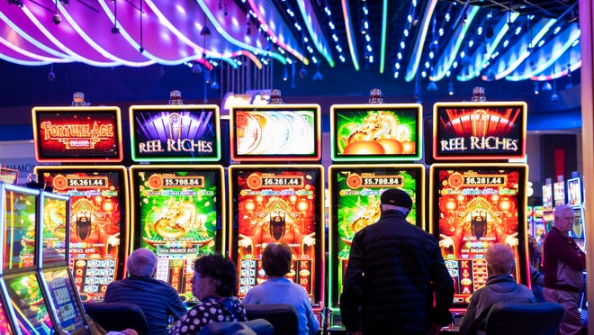How To show Casino Better Than Anyone Else