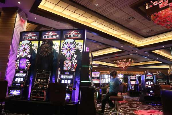 To Find Out About Online Gambling And Why